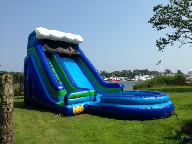 23 foot Wave Themed Water Slide
