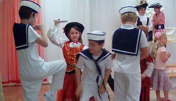 Children acting as sailors