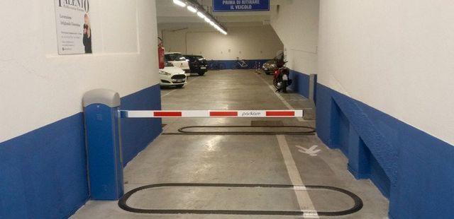 Entrata del parcheggio a pagamento