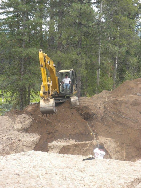 ExcavatingTractor