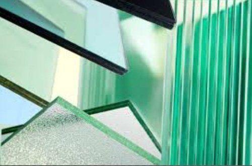 lastre di vetro di diverso tipo