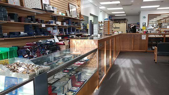 Coin Jewelry Shop In