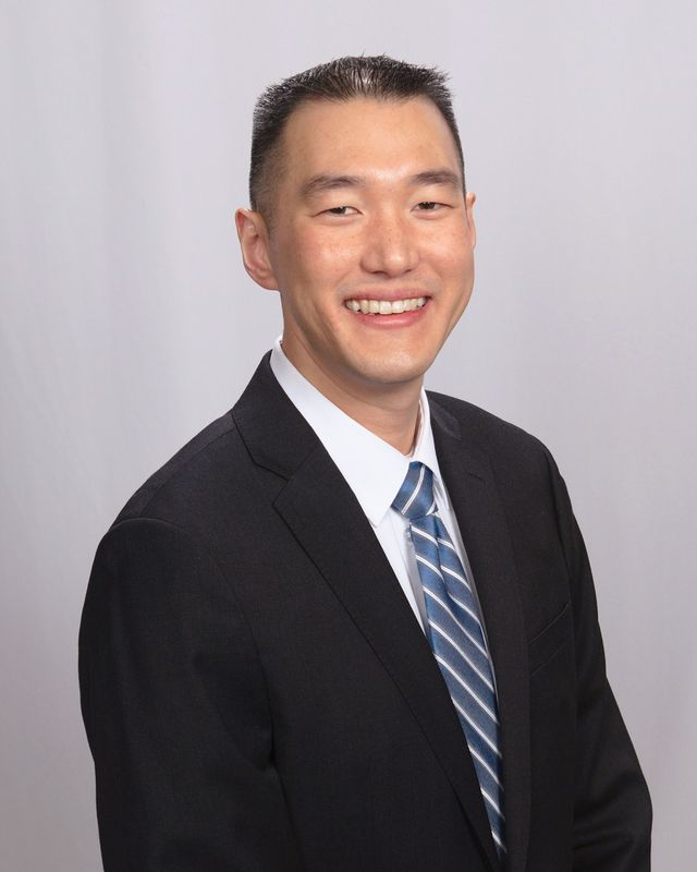 San Francisco Oral Surgeon: Dennis Song, DDS, MD