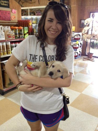 Customer with pet visits at Clifton, TX