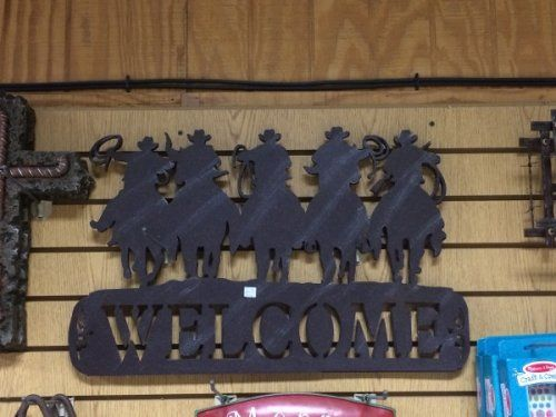 Welcome symbol at Clifton, TX