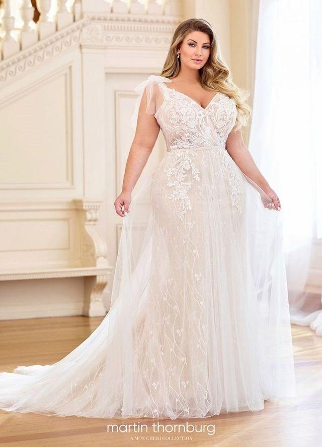Bridal Boutique - Orland Park, IL - Eva\'s Bridal International ...