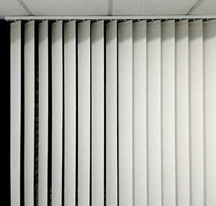 Come Lavare Tende A Rullo.Lavaggio Tende Per Uffici Torino Professional Art