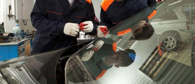 Repairing car window glass in the Waikato