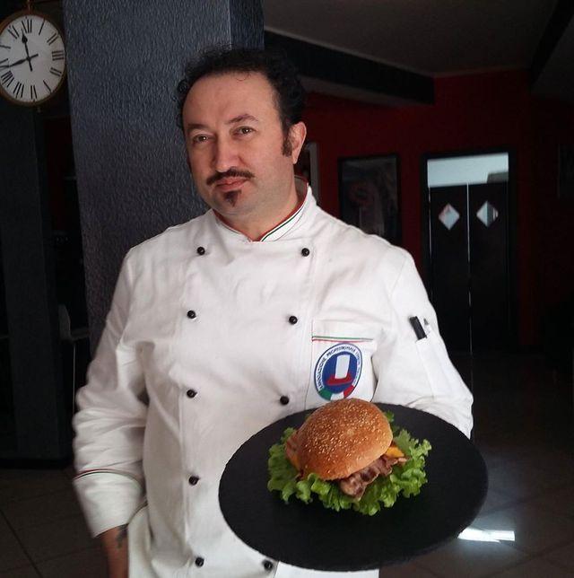Lo chef Bartolomeo Grippo a Polla