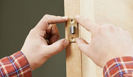 Lock Fitting In Glasgow By Allsafe