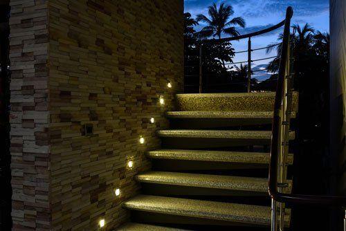 scale esterne con illuminazione led