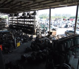 riciclo pezzi auto