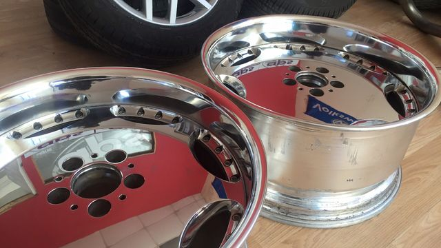 Alloy wheel repairers