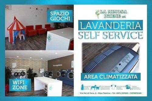 un depliant della lavanderia self service Mimosa Igiene con wifi, area climatizzata e spazio giochi