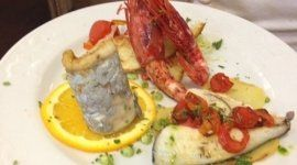piatti di pesce, antipasto pesce,  gamberoni,