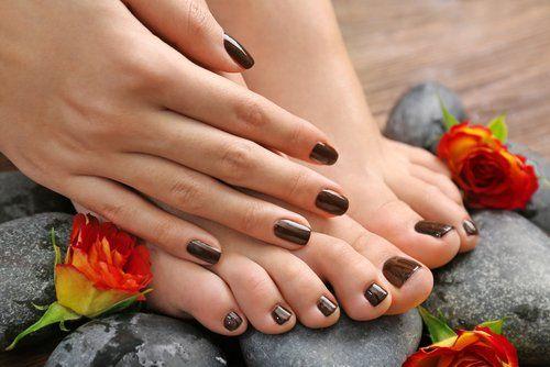 Mani e piedi curati