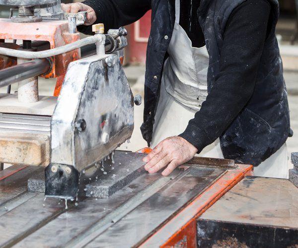 Lavorazione del marmo a Pace del Mela, Messina