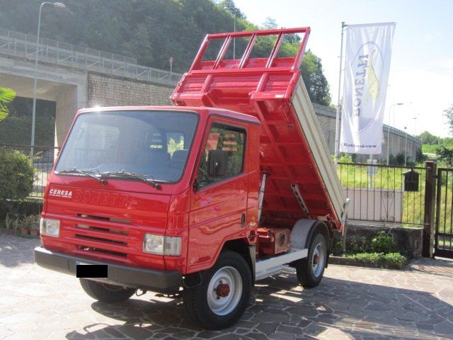 un camion rosso