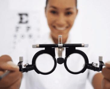 miopia, astigmatismo, problemi visivi