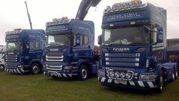Plant hire - Uttoxeter, Derbyshire - Peter Stott Plant & Haulage Ltd - Truck