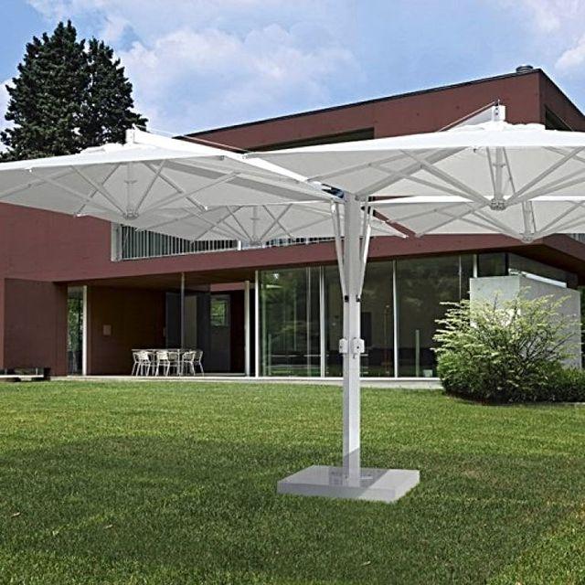 una struttura in legno per una copertura