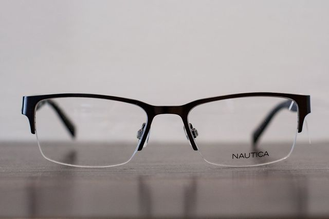 Lee Eyecare Center | Eyeglass Frames, Contact Lenses and Other ...