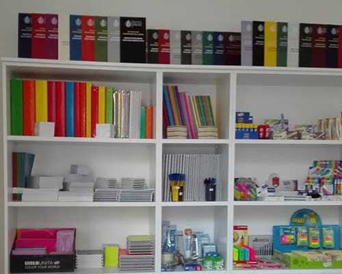 Materiale per ufficio, raccoglitori, classificatori,quaderni, matite,marcatori,carta per fotocopiatrice