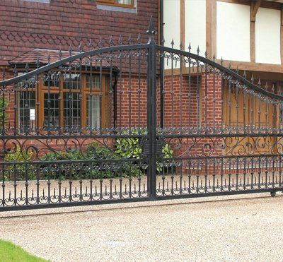 Automatic iron gates from GT Automation