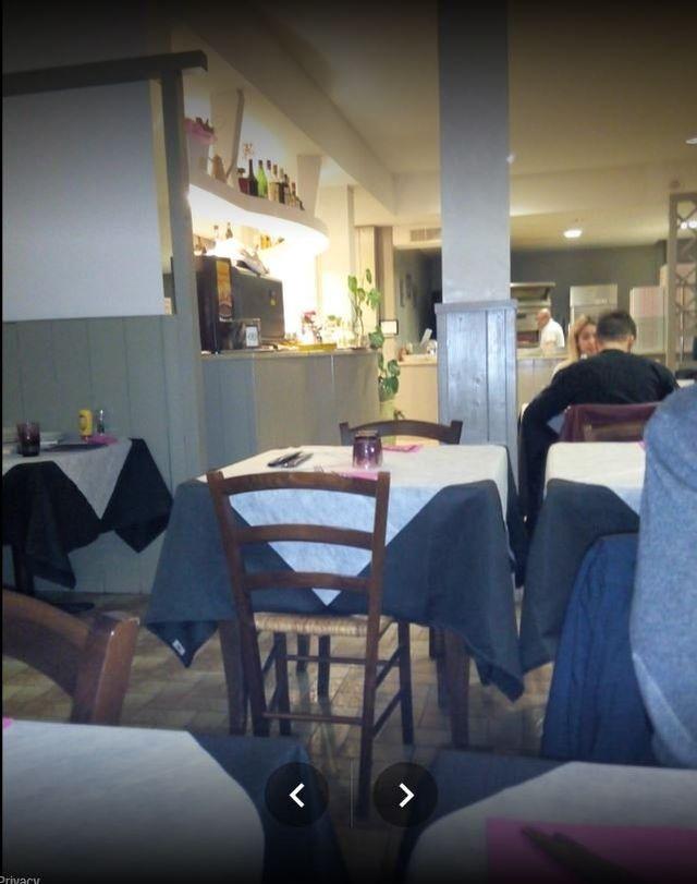 interni locale ristorante e pizzeria