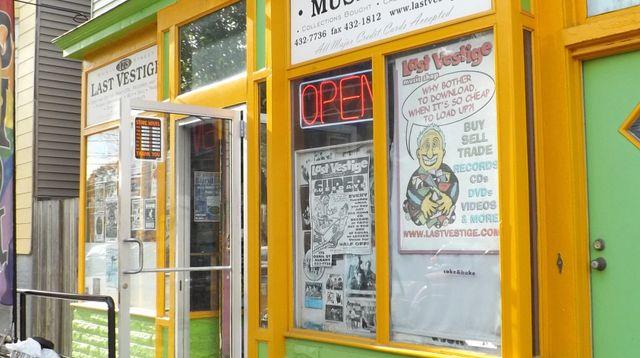 cool vintage record shop signs photos page 4 steve hoffman music forums. Black Bedroom Furniture Sets. Home Design Ideas