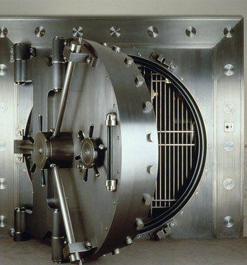 Safes - Newtownabbey, Northern Ireland - Savage Lock & Safe - Vault Door