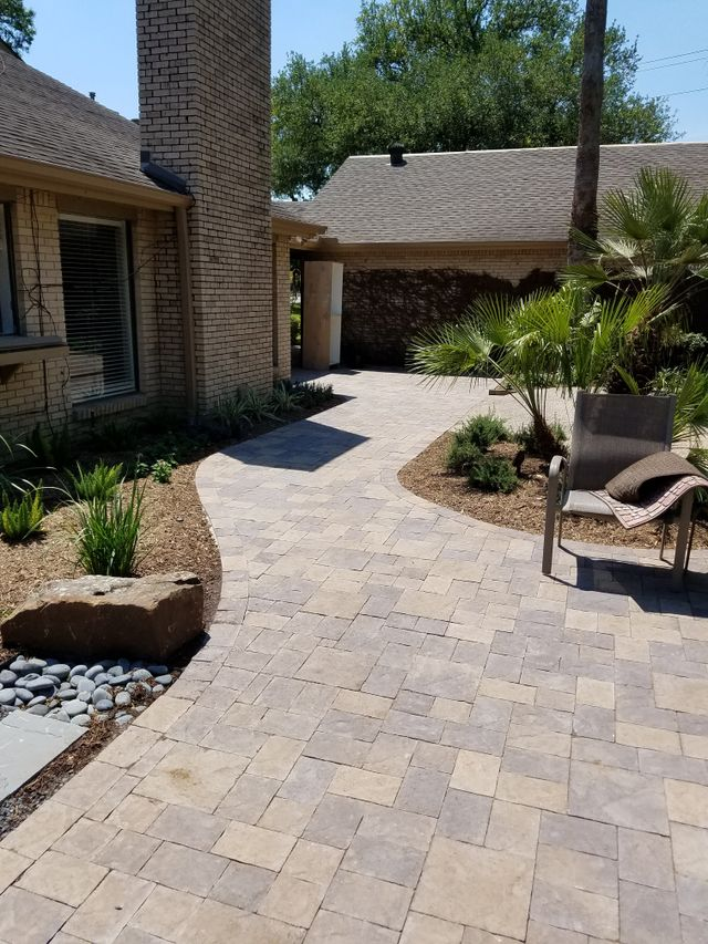 Dependable paving team's beautiful work in Richmond, TX