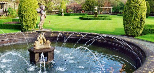 Garden with waterfall services feature in Katy, TX