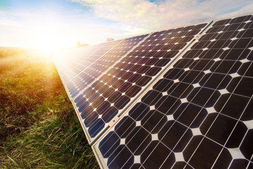 vista laterale pannelli solari