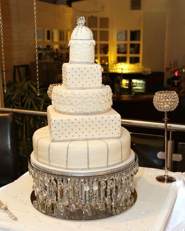 Wedding Cake Stands Warrington