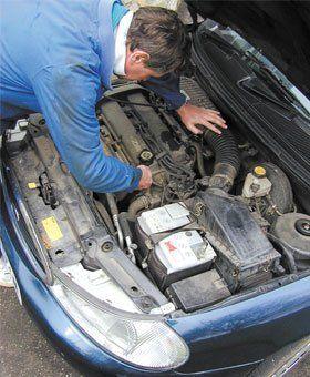 Car servicing - Rotheram - Dearnside Motor Company - Engine repair