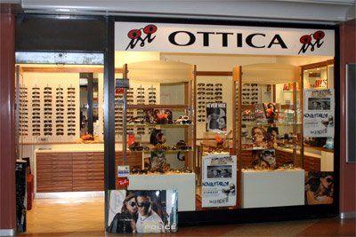 occhiali da sole, occhiali da vista, lenti a contatto