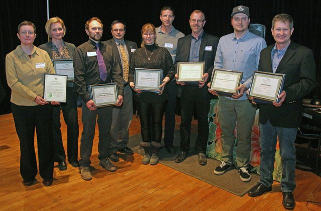 Albert Hutten accepting award at Blue Mountain AGM