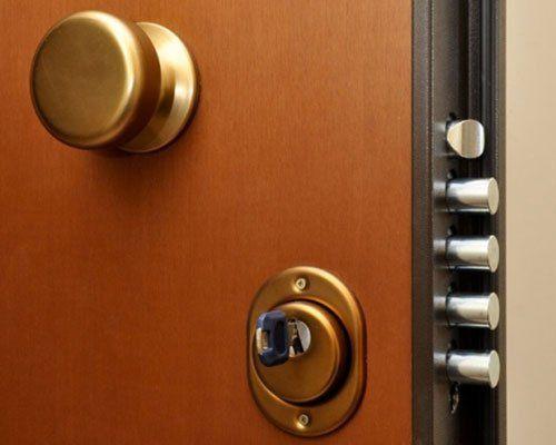 serratura di porta blindata