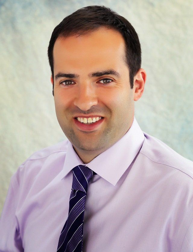 Dentist Dr. Glenn Shtarkman, DMD