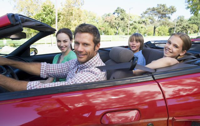 family driving with insurance services in Hawkinsville, GA