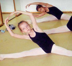 kids at the dancing school