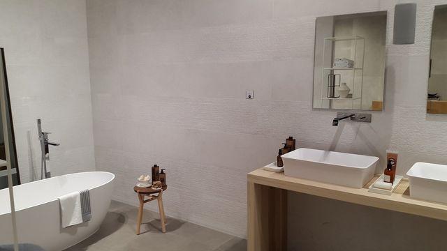 Pavimenti E Rivestimenti Trento : Showroom di tecnologia e design per la casa svai