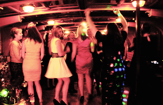 Christmas Boat Party London.Christmas Party Cruises Available On The Thames