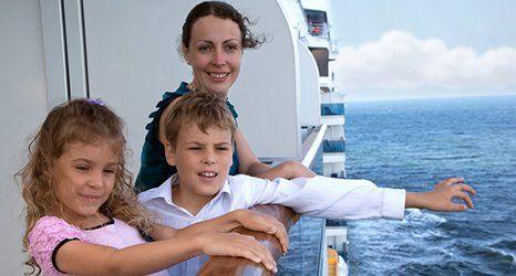 family on cruise