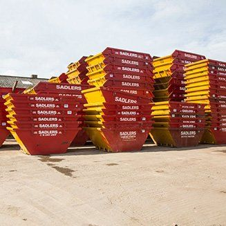 sadlers multiple stacked containers
