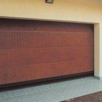 sezionale in legno polis