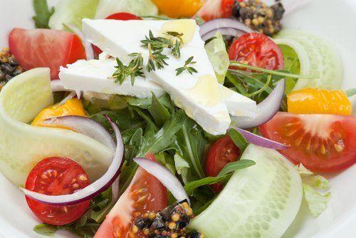 insalata mista con primosale