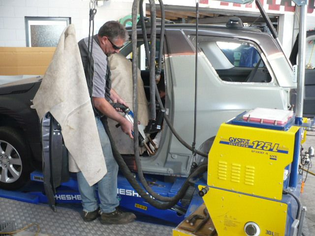 Expert performing crash repairs in South Taranaki