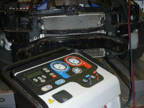 Car repairs machine